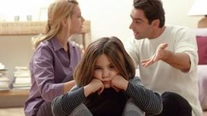 С кем может остаться ребенок после развода