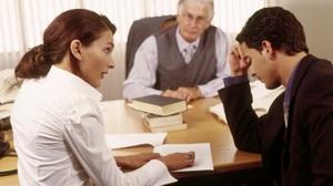 С кем суд оставит ребенка после развода